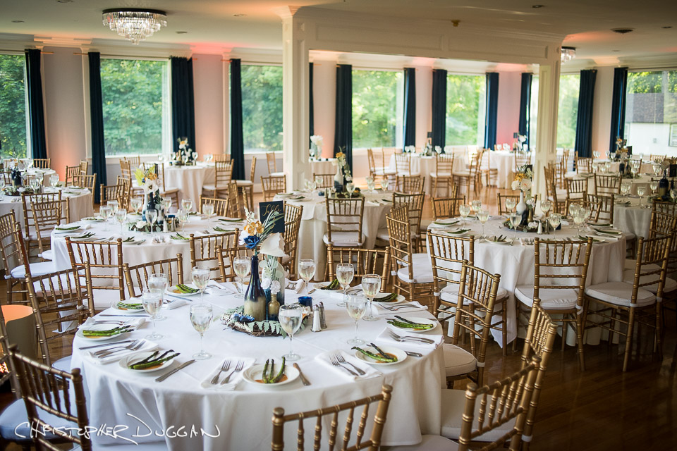 w_Berkshires-Lenox-MA-Seven-Hills-Inn-wedding-photographer-Christopher-Duggan-Gracie-Kevin-2019-979